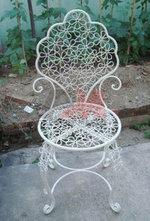 Столове от ковано желязо за Вашата градина