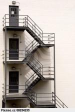 противопожарни стълби по поръчка 14410-3172